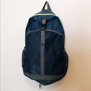 Steve Madden light weight backpack